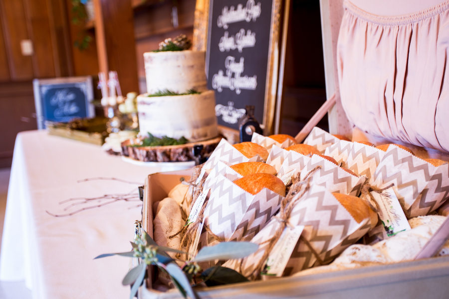 Rustic Green Winter Wedding 10
