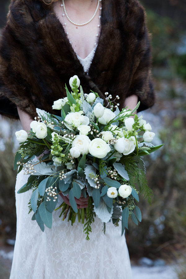 /home3/frosted7/public html/wp content/uploads/2015/12/Rustic Green Winter Wedding 25