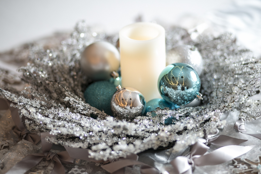 Winter Wonderland Real Wedding 10 - Holiday Spice Cake