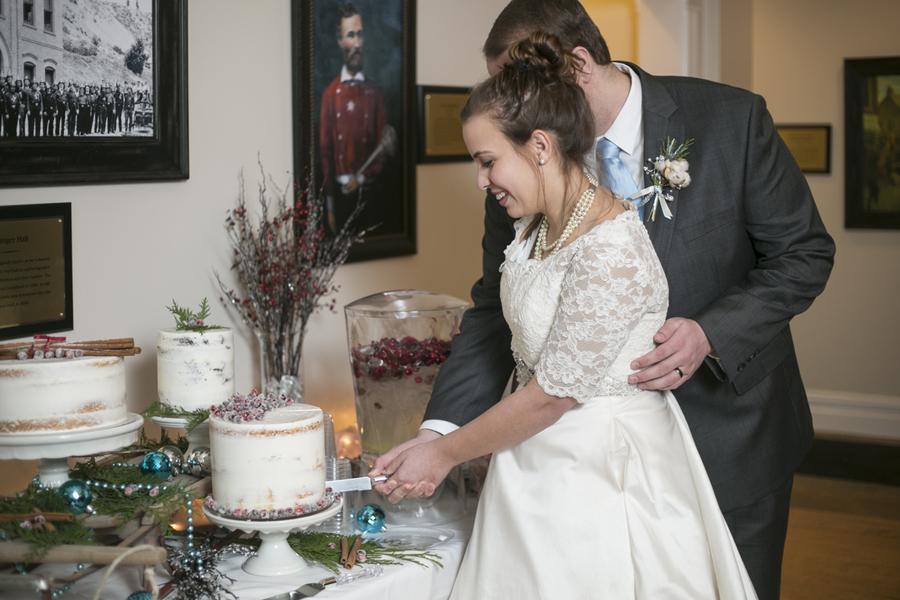 Winter Wonderland Real Wedding 13 - Holiday Spice Cake