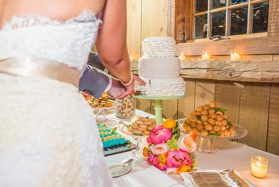 Shabby chic real wedding 18 - Butterscotch Basil Shortbread
