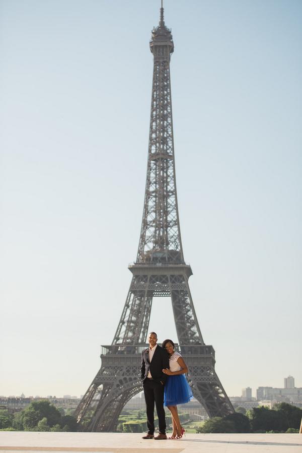 Paris Eiffel Tower Engagement Picnic 5