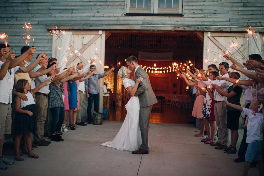 Rustic meets shabby chic wedding 25