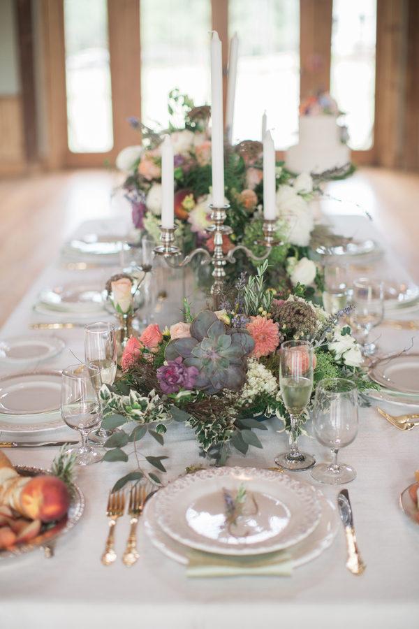 Fruity spring table decor 5