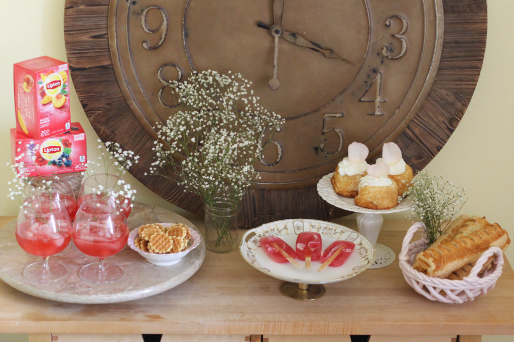 Warm weather afternoon tea party featuring Lipton Teas Herbal blends The Frosted Petticoat 3 1024x683 - Afternoon Tea Party Ideas