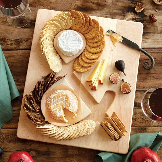 Cheese Crackers Serving Board - Foodie Gifts with a Conscience