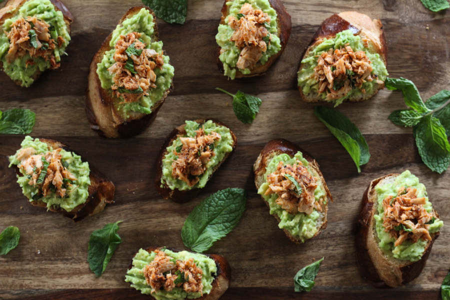 Tuna Avocado Crostini 1 6 - Tuna Avocado Crostini