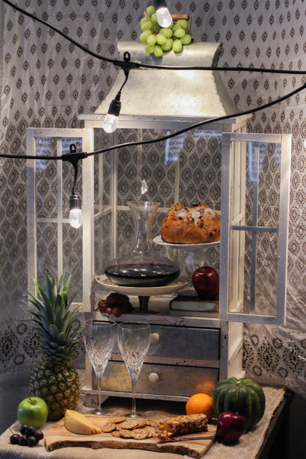 Fall entertaining with Enbrighten Café String Lights by Jasco 1 5 - Autumn Entertaining at Home
