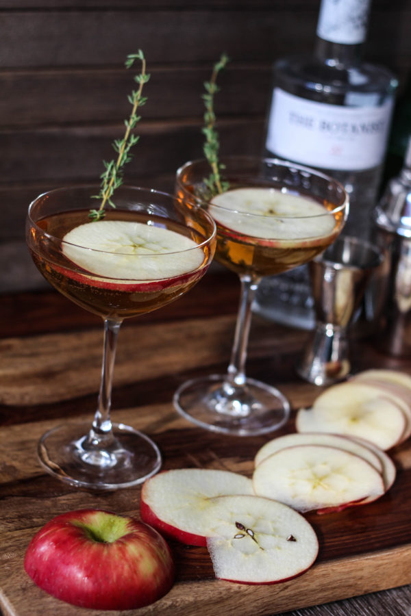 the-october-bloom-autumn-cocktail-featuring-botanist-gin-ginger-beer-spiced-rum-and-apple-juice