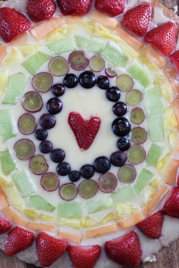 Mascarpone Fruit Rainbow Pizza  - Mascarpone Rainbow Pizza