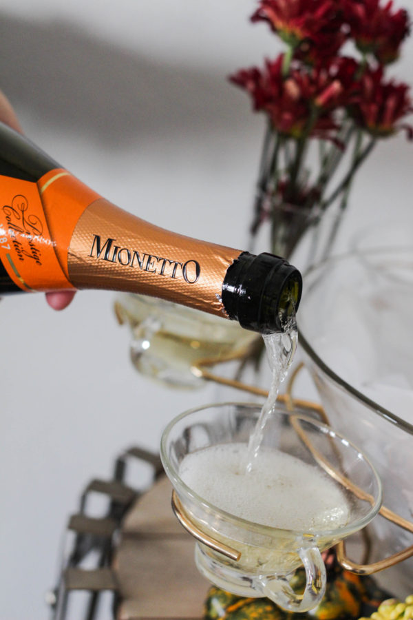 Thanksgiving Prosecco Table with Mionetto 1 5 - The Thanksgiving (Prosecco) Table