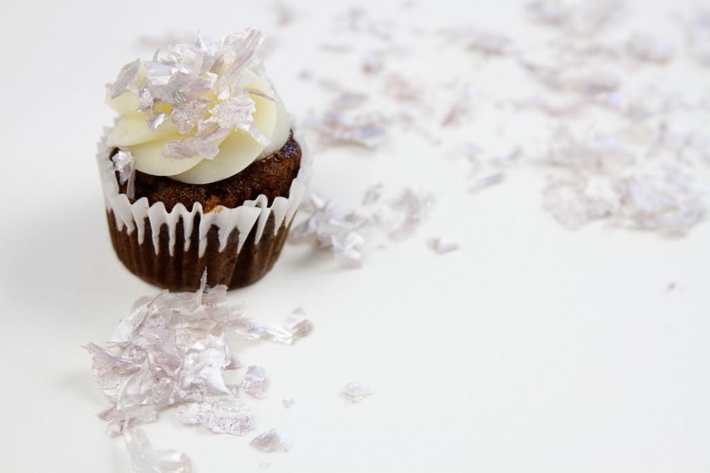 How to make edible glitter  1024x683 - How to Make Edible Glitter