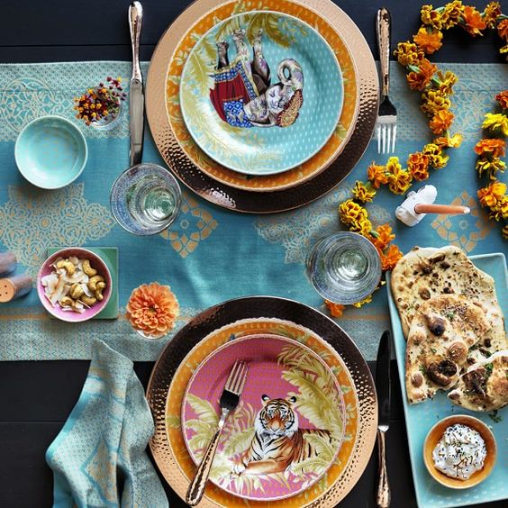 William Sonoma Raj Mixed Salad Plates - Spring Appliance Trends