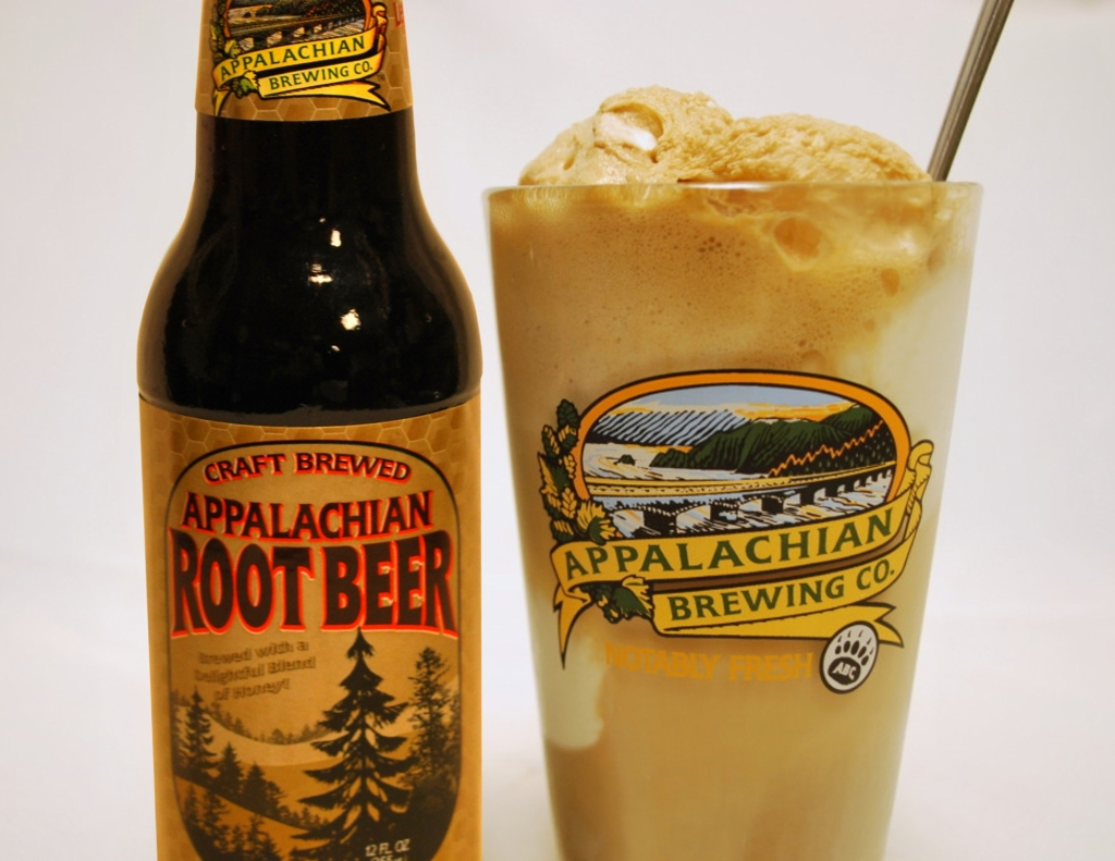 Root Beer Float 1024x791 - Gettysburg – Food, Drinks, & History