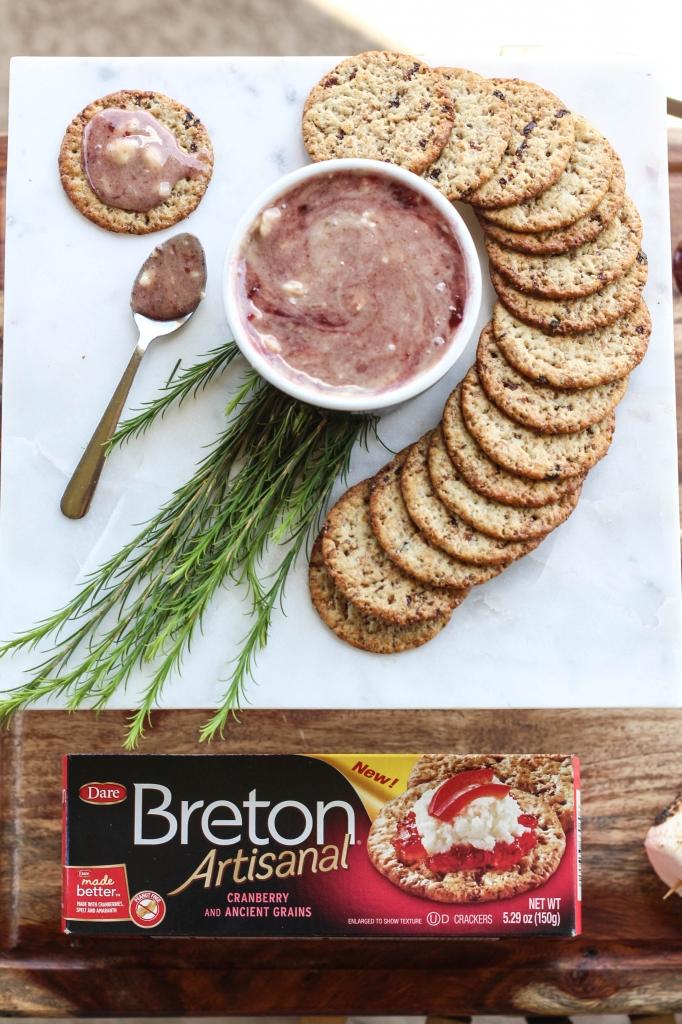 breton, s'mores, dip, crackers