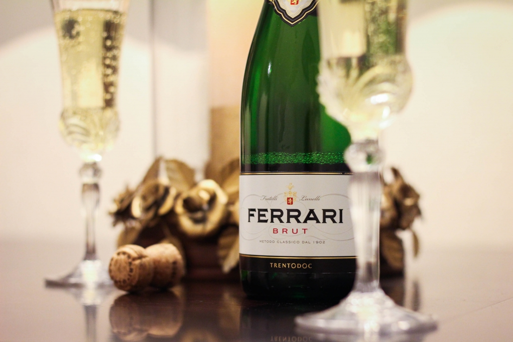 sparkling wine, emmy awards, governors ball, ferrari trento