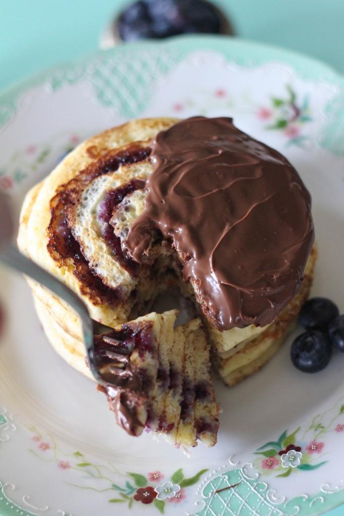 Blueberry Swirl Pancakes with Nutella Hazelnut Spread 1 2 683x1024 - Blueberry Swirl Pancakes with Nutella® Hazelnut Spread