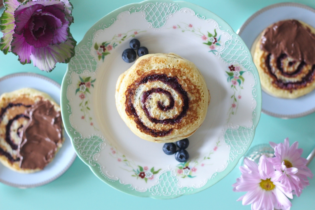 Blueberry Swirl Pancakes with Nutella Hazelnut Spread 1 4 1024x683 - Blueberry Swirl Pancakes with Nutella® Hazelnut Spread