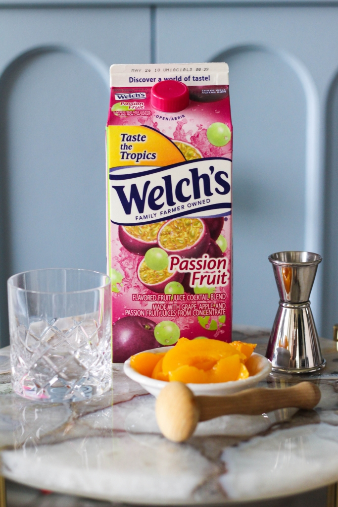 Passion Fruit Peach Gin Smash Welchs 683x1024 - Passion Fruit & Peach Smash Gin Cocktail