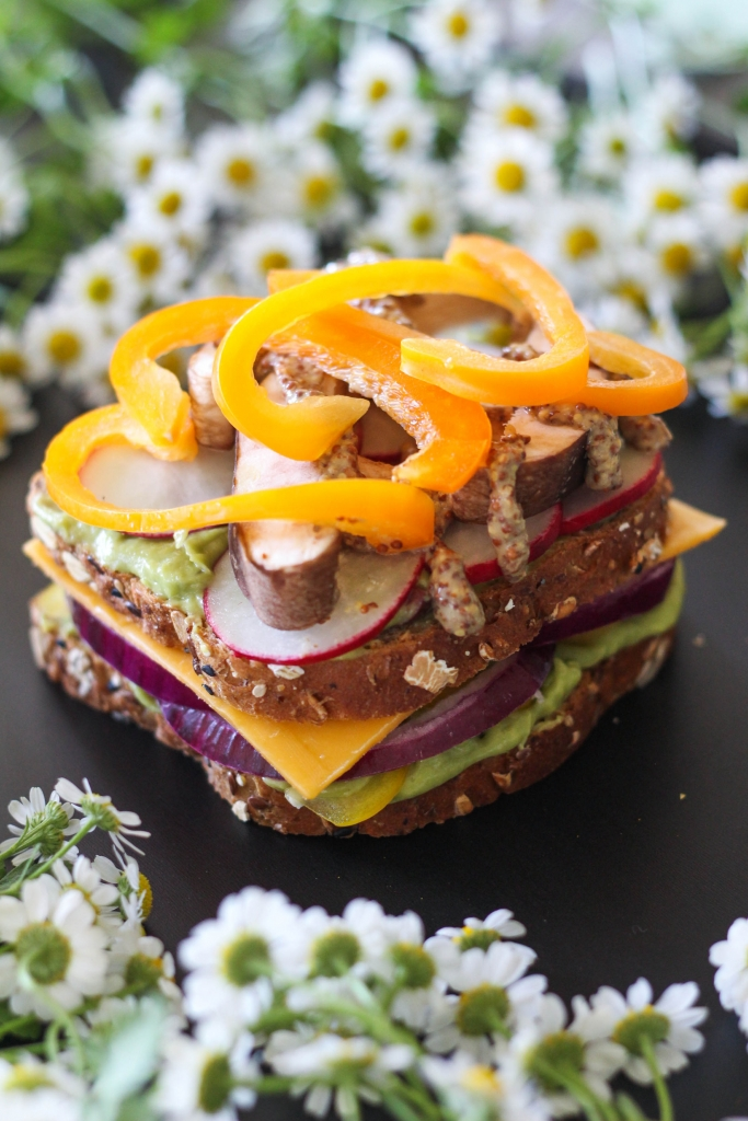 Killer Technicolor Veggie Sandwich tutorial bell peppers 683x1024 - Killer Technicolor Veggie Sandwich